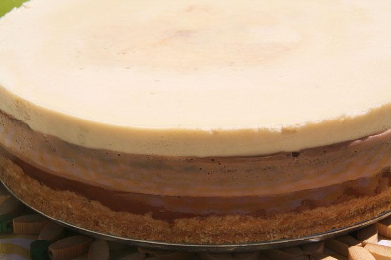 La tarta lista para partir y disfrutar