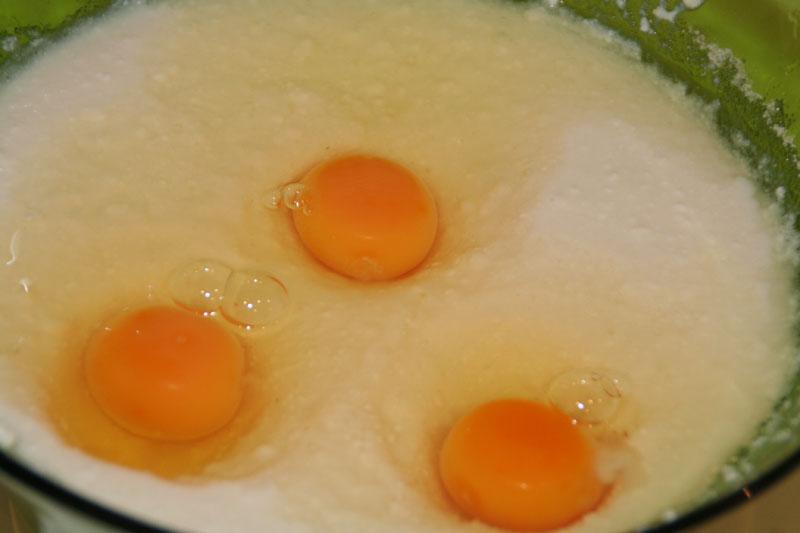Mezclamos los huevos, ....
