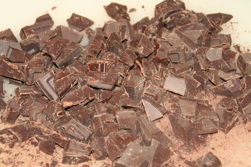 Partimos el chocolate en el tamaño deseado (nosotros lo preferimos grande..)