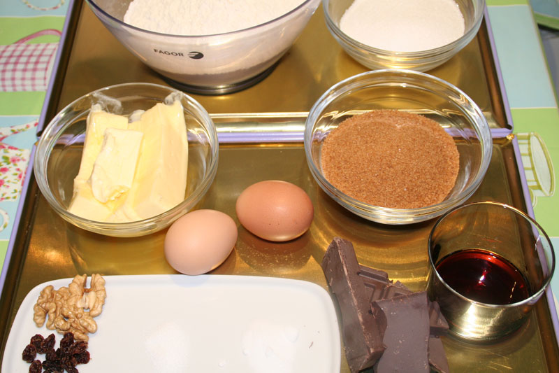 Ingredientes de Cookies con Chocolate y Nueces (o pasas)