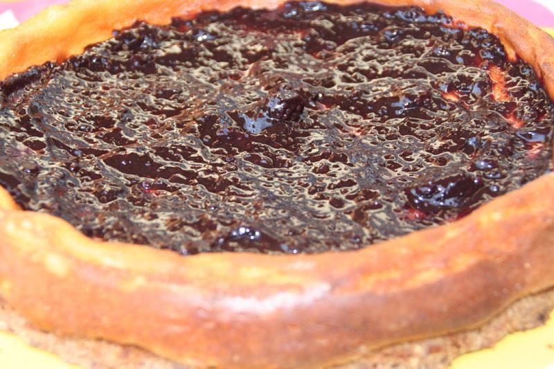 Tarta de queso con mermelada de Mora silvestre