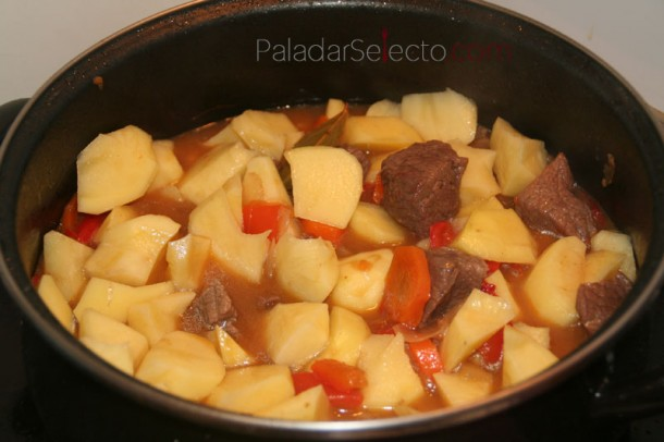 Guiso de ternera con patatas